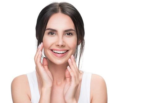טיפים לקבלת עור פנים מושלם וכמה המלצות על מוצרי הרבלייף – alonim-cosmetics.co.il