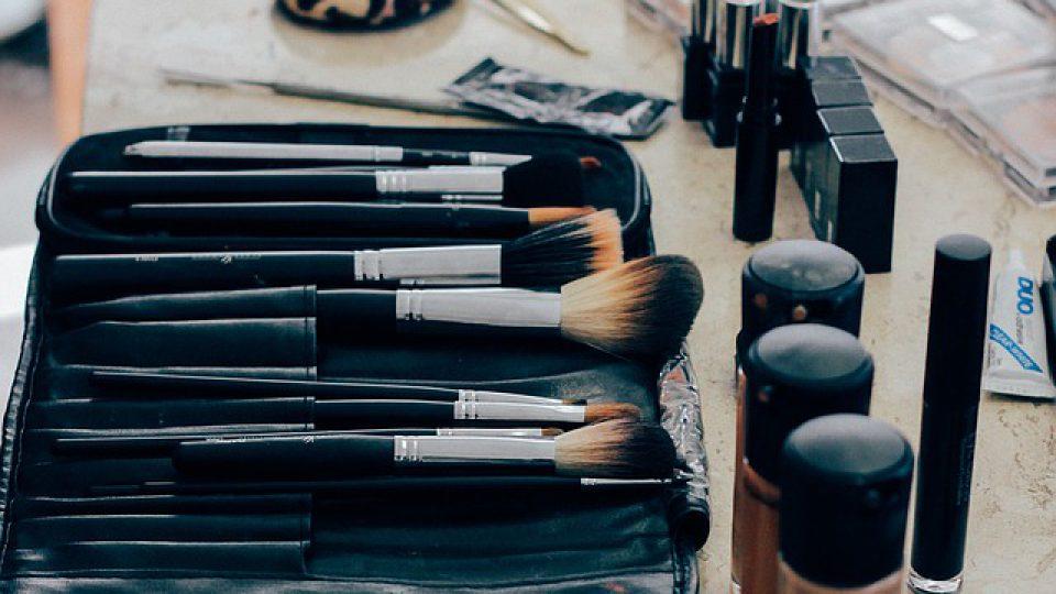 ארבעה טיפים למציאת קוסמטיקאית בתל אביב – alonim-cosmetics.co.il